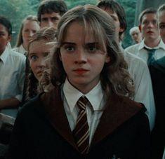 donde yo te regalo icons de Harry Potter para que tú acc quede hermos… # No Ficción # amreading # books # wattpad Harry Potter Tumblr, Images Harry Potter, Harry Potter Icons, Mundo Harry Potter, Harry James Potter, Harry Potter Characters, Harry Potter World, Iconic Characters, Emma Watson