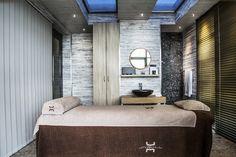 Une cabine de soin au Spa du Jiva Hill Resort, hôtel 5* Relais Châteaux, à 15 minutes de Genève #soins #spa #carita #valmont #bienetre