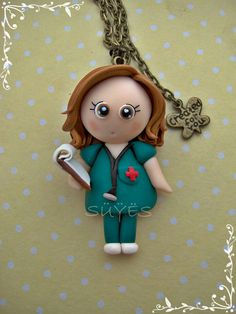Colgante enfermera de fimo // Pendant nurse - ha just need her scrubs to be purple and it would be perfect for all my LPN friends.