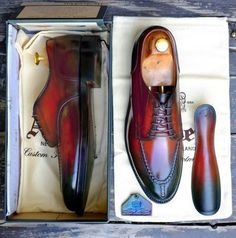 Calzado;Los zapatos Derby americanos o Blücher inglés   Vestirse por los pies
