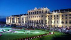 Schloss Schönbrunn, Wenen, Oostenrijk  http://www.holidaycheck.nl/city-reisinformatie_Wenen-oid_7567.html  #Citytrip #Stedentrip