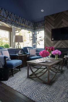 Living Room Pictures From HGTV Urban Oasis 2015 >> http://www.hgtv.com/design/hgtv-urban-oasis/2015/living-room-pictures-from-hgtv-urban-oasis-2015-pictures?soc=pinterest