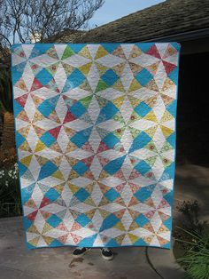 Walking Kaleidoscope quilt by Sewmama123, via Flickr