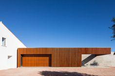 Duarte Pape: House in Vale da Abelha
