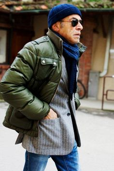 On the Street….The Italian Proportion, Pitti Uomo « The Sartorialist The Sartorialist, Mens Winter Coat, Winter Coats, Winter Clothes, Hipster Looks, Gents Fashion, Man Fashion, Layering Outfits, Pitta