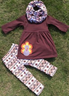 The Turkey Applique Infinity Scarf Set is super trendy and sooo cute! It's perfect for Thanksgiving! Our baby girl 3 pc Aztec turkey scarf boutique outfit with a turkey applique is super trendy and su