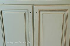 Savvy Southern Style: Kitchen Cabinets Tutorial with chalk paint and glaze...