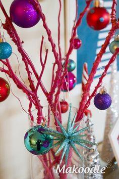 590x885xWhimsical-Christmas-Tree-8.jpg.pagespeed.ic.FkWQOo-9SQ