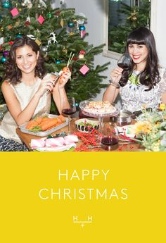 The ultimate mini mince pies! Inspired by Pinterest, @hemsleyhemsley Jasmine and Melissa have created this festive recipe perfect for the whole family. The perfect mini indulgences for Christmas. Cosy Christmas, Christmas Food Gifts, Xmas Food, Christmas Baking, Veggie Christmas, English Christmas, Christmas Recipes, Healthy Eating Recipes, Cooking Recipes