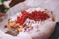 Rabarberkage med marcipan og frisk ingefær   Emily Salomon