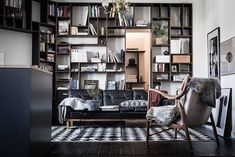 Karl Gustavsgatan One Gothenburg Apartment In Two Styles (Gravity Home) My Living Room, Home And Living, Living Room Decor, Living Spaces, Living Area, Sol Sombre, Gravity Home, Decoration Inspiration, Interior Inspiration
