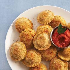 Toasted Ravioli with Marinara Dipping Sauce — Punchfork
