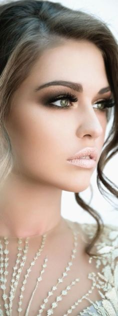 Elegant makeup idea