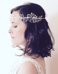 Bridal vine headpiece, wedding hair vine, bride forehead crown, boho halo, pearl bridal tiara, wedding hair accessories, bridal floral vine