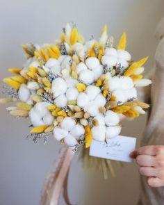 Winter Floral Arrangements, Dried Flower Arrangements, Flower Box Gift, Flower Boxes, Dried Flower Bouquet, Dried Flowers, Wedding Bouquets, Wedding Flowers, Cotton Bouquet