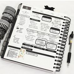 @pearltheplanner, you blow my mind with your organization.  #gettoworkbook Black And White Theme, Black White, College Organization, Best Planners, Schedule, Mindfulness, Bullet Journal, Writing, How To Plan