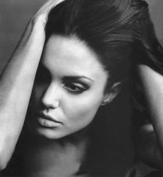 Angelina is beautiful in any medium.
