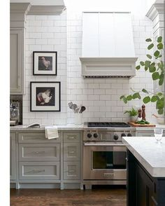 This Marriage Of Shaker Style Cabinets Paired With Subway Tile Could Be  Called The New Classic In Kitchen Design. Part 76