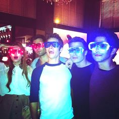 Holland Roden, Tyler Hoechlin, Dylan O'Brien, Colton Haynes and Tyler Posey behind the scenes of Teen Wolf.