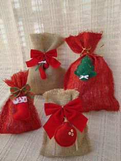christmas felt ornaments, more ideas - crafts ideas - crafts for kids Christmas Gift Bags, Handmade Christmas Gifts, Christmas Sewing, Christmas Gift Wrapping, Felt Christmas, Holiday Crafts, Christmas Stockings, Christmas Holidays, Christmas Ornaments