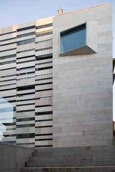Fernando Pardo Calvo / Bernardo Garcia Tapia — MUSEO ARQUEOLÓGICO DE OVIEDO. ASTURIAS — Image 2 of 20 — Europaconcorsi