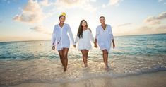 The Ultimate Destination Wedding Guide for Bridesmaids on a Budget - Bridesmaids Confession Alone Man, Family Friendly Resorts, Travel Scrapbook, Travel Alone, Cayman Islands, Christian Women, Beach Fun, Hd Photos, Lightroom Presets