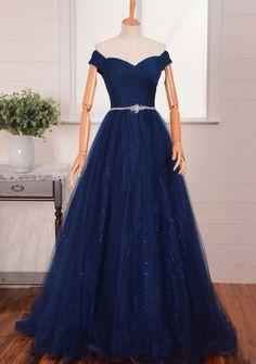 Un post en colaboración con Milly Bridal UK para saber cómo elegir tu vestido de graduación y hacer de esa una fecha -más- inolvidable.