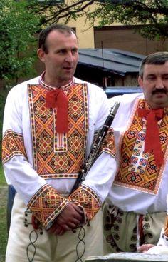 Čičmany, Slovakia Ethnic Outfits, Ethnic Clothes, Folk Costume, Costumes, The Older I Get, Folk Fashion, Kos, Folk Art, Culture