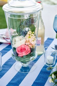 pink+blue+white+navy+prep+preppy+outdoor+bright+salmon+peach+wedding+shabby+chic+bridal+bride+groom+bouquet+floral+centerpiece+table+setting+cake+stripes+striped+jill+lauren+photography+20.JPG 600×902 pixels