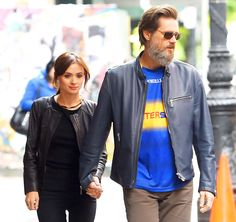 Jim Carrey's on-again, off-again girlfriend Cathriona White is dead at age 28 from a suspected suicide, TMZ reported on Tuesday, Sept. 29