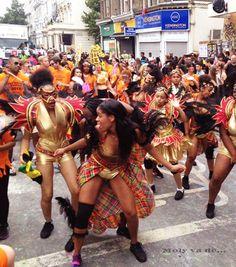 ¡Es uno de los más famosos del mundo! #Molyvade...#viaje #London #NottingHill #Carnaval nuevo post! molyvade.blogspot.com