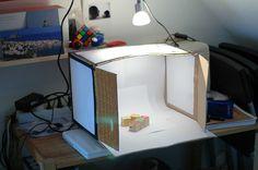 DIY Studio lightBoX for taking photos Photo Light Box, Furoshiki, Diys, Licht Box, Photography Tips, Photography Studios, Inspiring Photography, Product Photography, Photography Tutorials