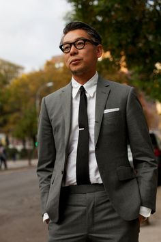 men streetstyle homme #eyewear #eyeglasses #streetstyle