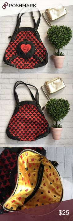 Queen of hearts purse Disney queen of hearts purse Alice in wonderland.        + BRAND NEW ITEM! + please no trade offers + listing is for main item pictured, all other         items in the photo are for display only + will ship within 2-5 days     unless otherwise requested + bundle to save on shipping  + follow @ladymuerta on     Pinterest & Instagram Disney Bags Shoulder Bags