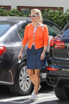 Reese Witherspoon Photos: Reese Witherspoon Aglow in Orange