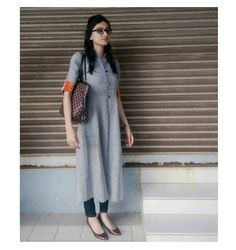 Salwar Designs, Kurti Neck Designs, Kurta Designs Women, Casual Formal Dresses, Casual Outfits, Indian Dresses, Indian Outfits, Indian Clothes, Ethnic Fashion