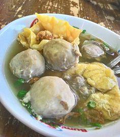 Indonesian Meatball Soup (Bakso)