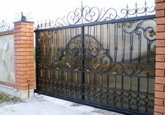 Фотография Steel Gate Design, Front Gate Design, Main Gate Design, House Gate Design, Door Gate Design, Railing Design, Fence Design, Wrought Iron Driveway Gates, Metal Gates