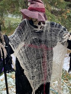 Halloween 👻 - So I Was Thinking How To Find Out, Give It To Me, Pirate Decor, Ghost Cat, High School Sweethearts, Halloween Decorations, This Or That Questions, Crochet, Ganchillo
