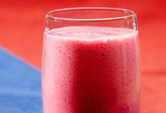 I want to try this smoothie recipe.  Blend 2 slices of pineapple (4 oz), 1 apple, 1 peeled beet, 1 carrot, 1⁄2 cup of organic apple juice, and a dash of water and ice. It makes two servings of 12 ounces and is only 115 calories each.