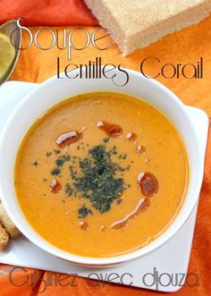 Turkish lentil soup with coral (mercimek çorbasi) Sauteed Zucchini Recipes, Broccoli Soup Recipes, Vegan Dinners, Healthy Dinner Recipes, Healthy Soup, Vegetarian Soup, Recipes From Heaven, Vegetable Dishes, Cooking Time