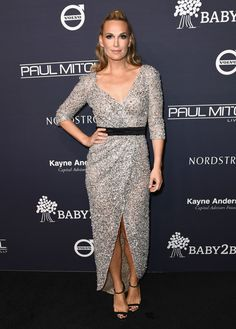 Molly Sims attends the 2017 Baby2Baby Gala presented by Paul Mitchell.