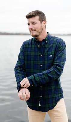 Fall is officially here and so are our new plaid button downs. Carefully made by a small factory in Chicago, IL - we designed this unique linen/cotton blend for the cold weather ahead. Spring Clothes, Spring Outfits, Great Lakes Clothing, Nate Archibald, Southern Proper, Preppy Outfits, Sperry Top Sider, Winter Looks, Cold Weather