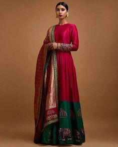 The Mall At Oak Tree ~ Mayyur Girotra couture's interpretation of traditional staples for the modern woman. Indian Gowns, Indian Attire, Indian Ethnic Wear, Ethnic Gown, Indian Outfits, Indian India, Kurta Designs, Blouse Designs, Ethnic Fashion