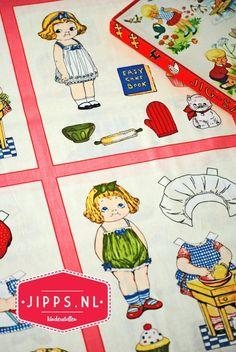 Panel met aankleedpoppetjes - Paper Dolls Bakery - Riley Blake Designs