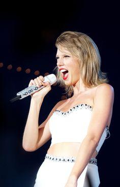 Taylor Swift  Tumblr: sizzlinswiftie13 1989
