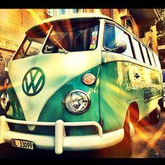 #turquoise #turquoisebus #vw #vwbus #retro #coolthings