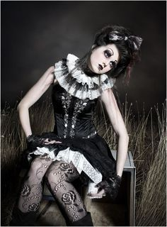 halloween make up broken doll zombie horror. Black Bedroom Furniture Sets. Home Design Ideas