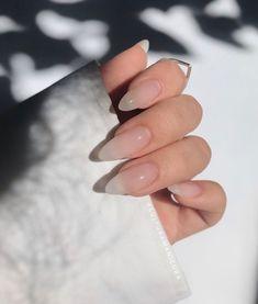 Natural Acrylic Nails, Clear Acrylic Nails, Almond Acrylic Nails, Clear Nails, Classy Acrylic Nails, Classy Nails, Stylish Nails, Simple Nails, Classy Almond Nails