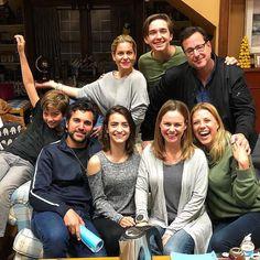 House Season 4, Fuller House Cast, Candace Cameron Bure, Full House, I Love Fashion, On Set, Writer, Tv Shows, It Cast